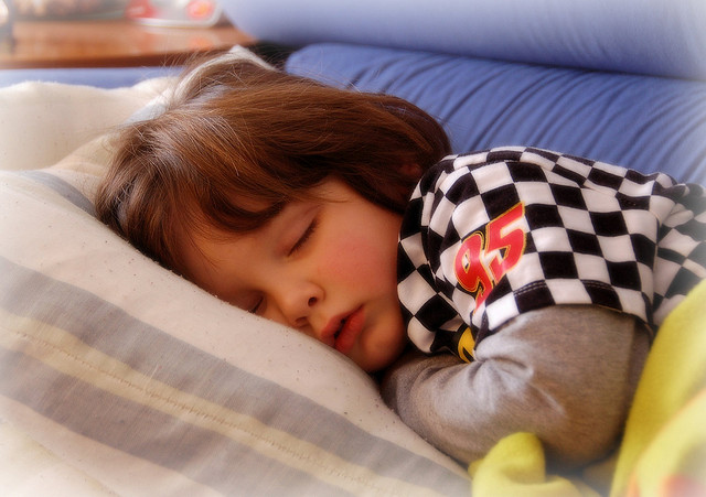 Crianças do 1º ano de escolaridade dormem menos 49 minutos