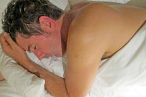 """Durmo quatro horas líquidas"""