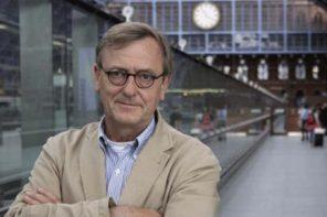 Cientista alemão que criou conceito de jet lag social esteve no CENC